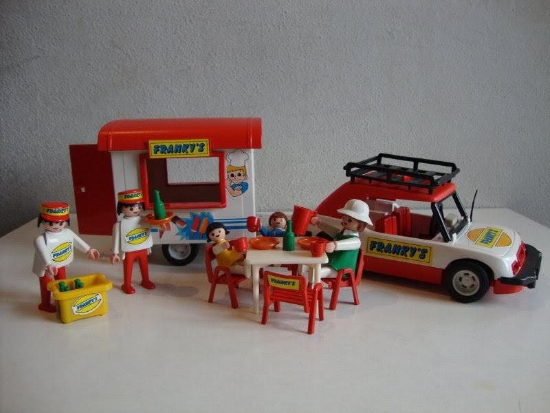 Playmobil 23.87.2-trol - Franky's street food - Back