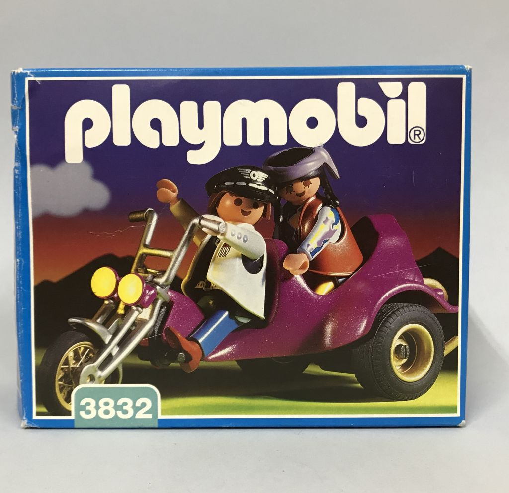 Playmobil 3832 - Three-Wheeled Roadster And 2 Riders - Box