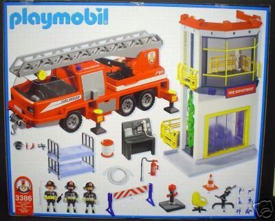 Playmobil 3386s2 - Fire Tower and Truck - Back