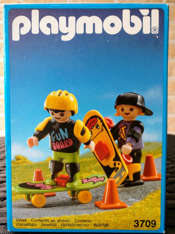 Playmobil 3709v2 - Children with two skate-boards - Box