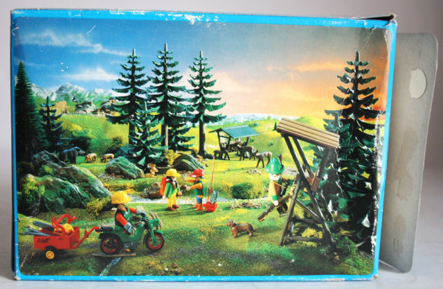 Playmobil 3743 - Lumberjack - Back