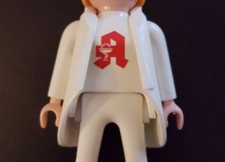 Playmobil - 30804003-ger - Pharmacista Lauer Fischer with robe