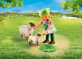 Playmobil - 9356 - Peasant Woman and Sheep