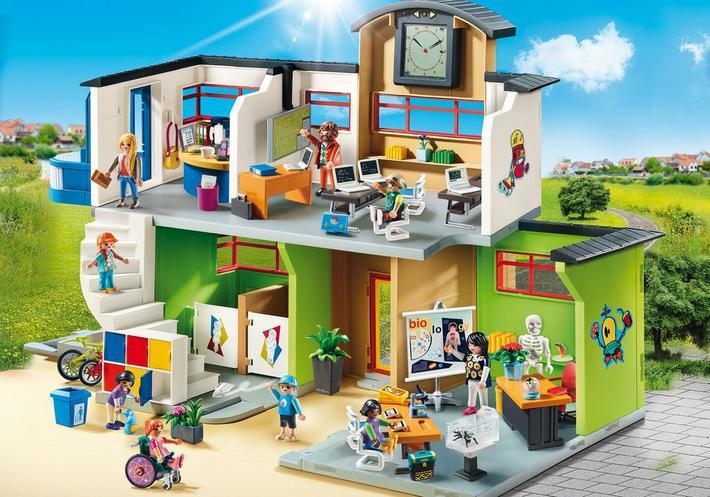 playmobil set 9453  large school with furnishings