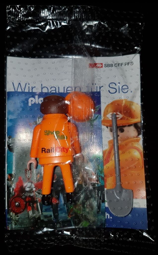 Playmobil 0000v2-ger - SBB Construction Worker with Shovel - Back