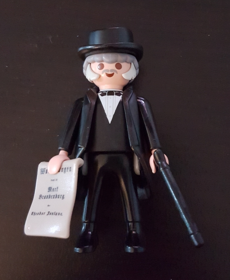 Playmobil Set  9326-ger - Theodor Fontane - Klickypedia 8a6135ad72bf