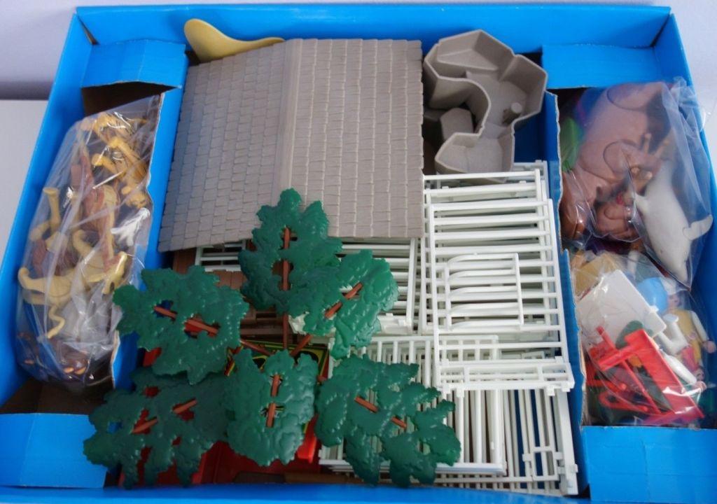Playmobil 3145v3 - Zoo Safari Set - Back
