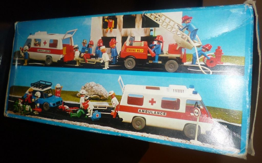 Playmobil 3254-lyr - Ambulance - Back