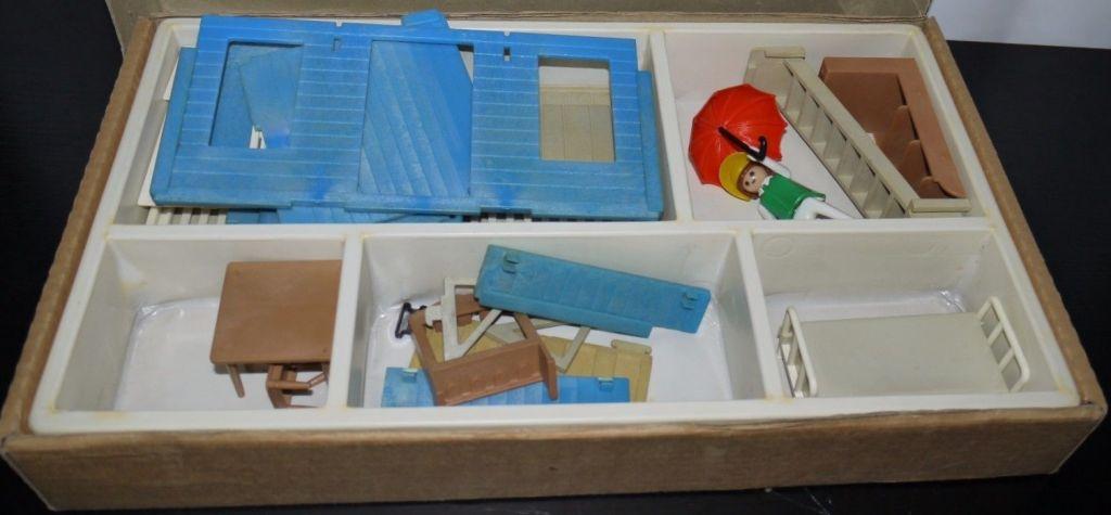 Playmobil 3421v2-lyr - Western House - Back