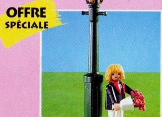 Playmobil - 7031 - Man In Tux With Flowers & Lamppost