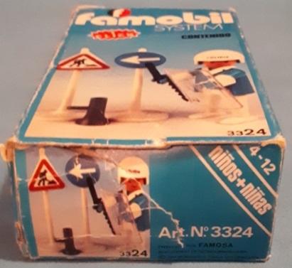 Playmobil 3324v1-fam - Policeman - Box