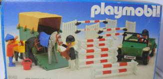 Playmobil - 3140v2 - Jeep & van à chevaux