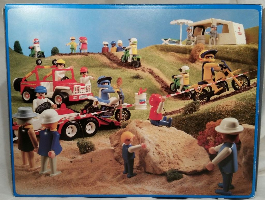 Playmobil 3143v1 - Jeep with dirtbikes - Back