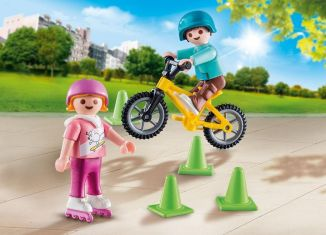 Playmobil - 70061 - Kids with skates and BMX