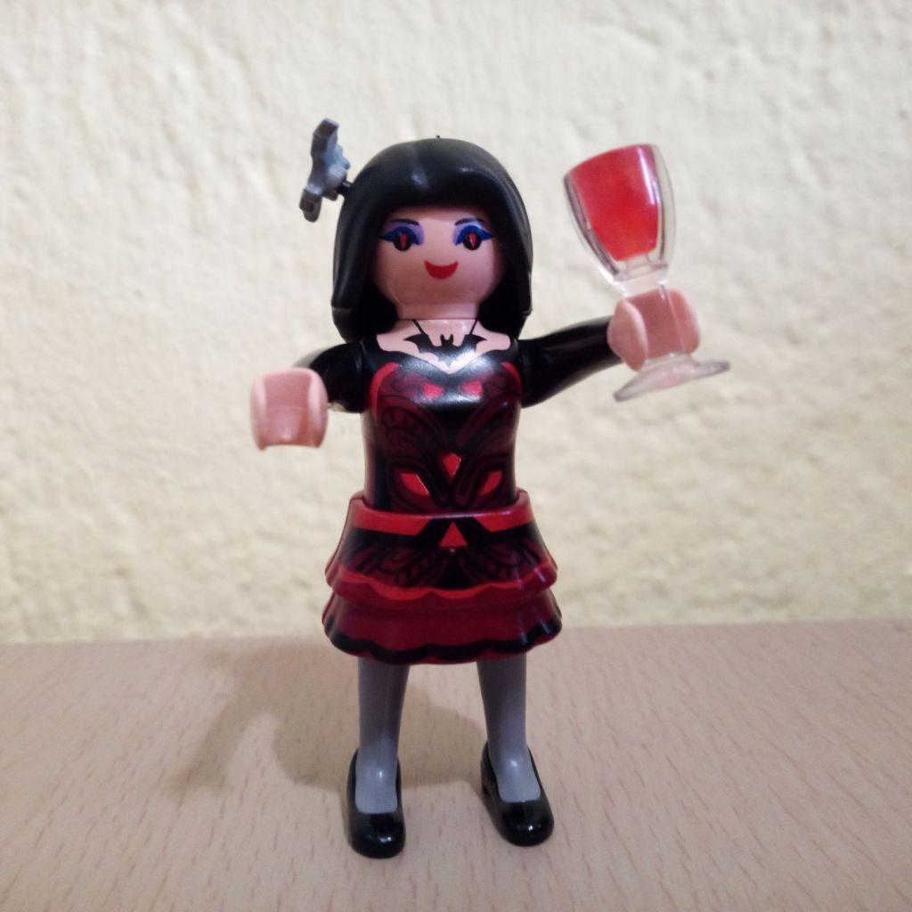 Playmobil 6841v10 - Vampire Lady - Box