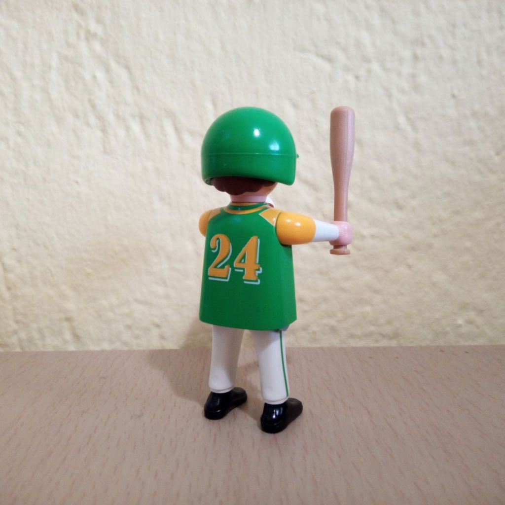 Playmobil 9241v7 - Baseball player - Back