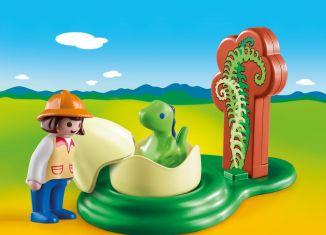 Playmobil - 9121 - Girl with Dino Egg