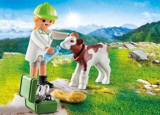 Playmobil - 70252 - Veterinary with calf