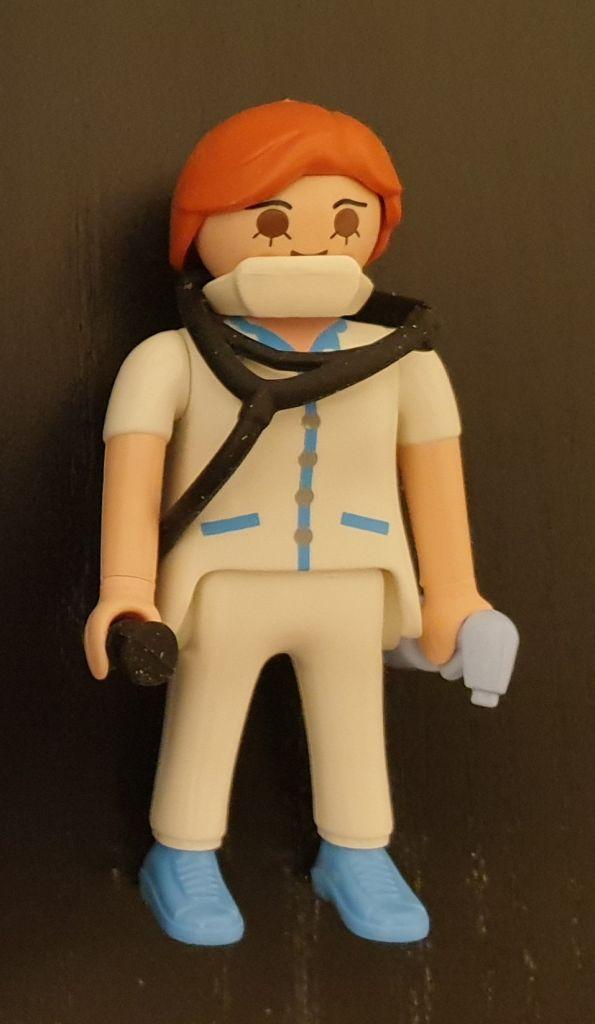 Playmobil 70684-ger - Nurse - Back