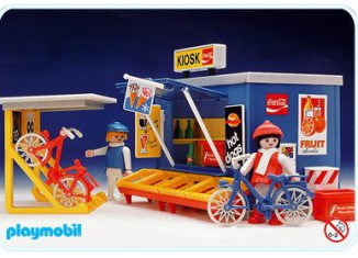 Playmobil - 3418 - Kiosk And Bicyclists