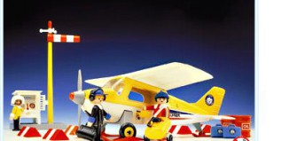Playmobil - 3457 - Yellow Artic Plane