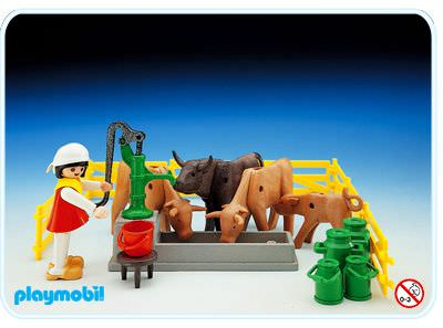 Playmobil - 3499 - Milkmaid With Cows