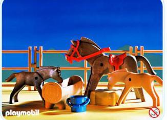 Playmobil - 3856 - Horse, Foals & Corral