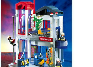 Playmobil - 3885 - Fire Station with Hose Tower