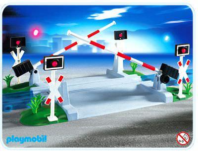Playmobil set 4306 train crossing klickypedia - Train playmobil ...