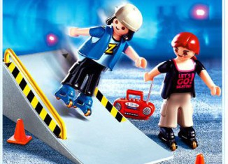 Playmobil - 4415 - 2 Skaters with Ramp