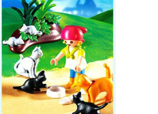 Playmobil - 4493 - Girl with Cats