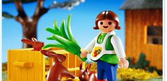 Playmobil - 4529 - Girl Feeding Rabbit