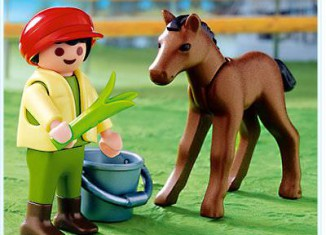 Playmobil - 4647 - Child with Foal
