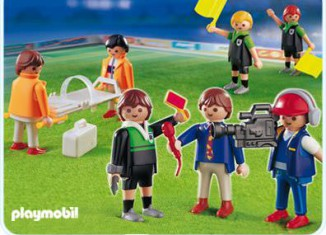Playmobil - 4717 - Football Referee and Linesmen