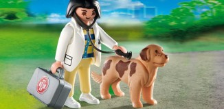 Playmobil - 4750 - Vet with Dog