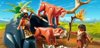 Playmobil - 5102 - Saber-Toothed Cat with Cavemen