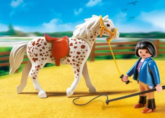 Playmobil - 5107 - Knabstrupper Horse with Trainer and Stable