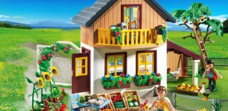 Playmobil - 5120 - Farmhouse with Market Stall