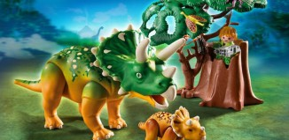Playmobil - 5234 - Explorer and Triceratops with Baby
