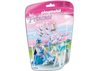 Playmobil - 5354 - Winter Fairy with Pegasus 'Snowflake'
