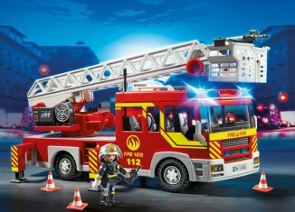 Playmobil - 5362 - Fire Department Ladder Truck with Light and Sound