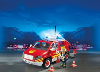 Playmobil - 5364 - Fire Chief vehicle with light and sound