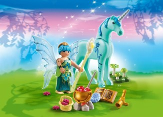 Playmobil - 5441 - Healer Fairy with Unicorn 'Sapphire Night'