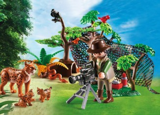 Playmobil - 5561 - Lynx Family with Cameraman
