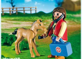 Playmobil - 5820 - Vet and Colt Pack